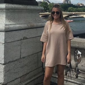 T-Shirt Dress - Women's US Size 4